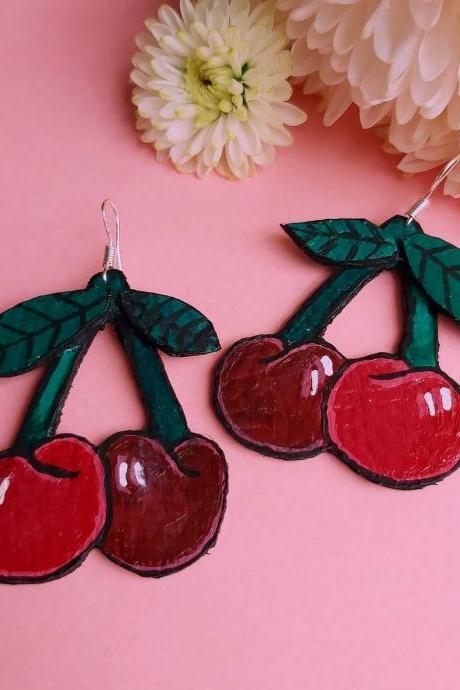 Cherry earrings , retro earrings , vintage , fruit earrings, dangle earrings , sterling silver , faux leather . Hand painted , acrylic